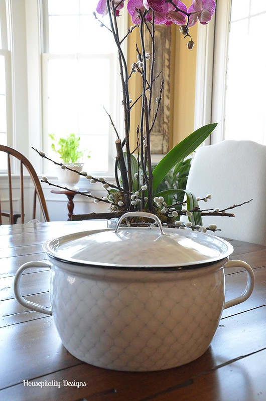 Chicken Wire Enamelware Pot-Housepitality Designs