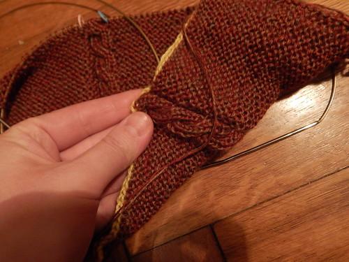коричневый шарф двусторонний
