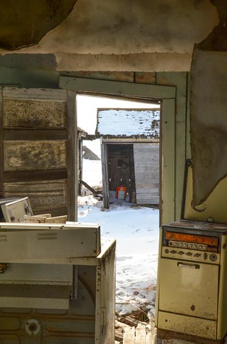 old winter building ghosttown saskatchewan elavator bents