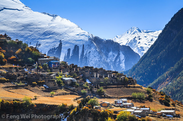 Autumn scenery upper pisang annapurna circuit nepal flickr photo sharing - Beautiful panoramic view house to take full advantage of the scenery ...
