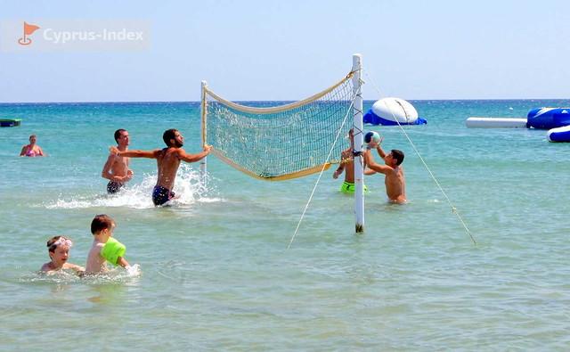 Пляж Лейдиз Майлз Бич. Лимассол. Пляжи Кипра.