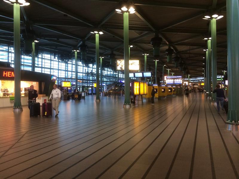 スキポール空港フロア