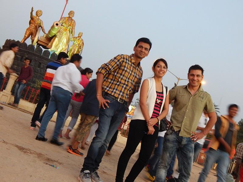 141221 Mumbai con Himanju Monthy e Idiota (56) (2304 x 1728)