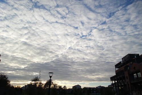 Il cielo con le #nuvole cucite per metà