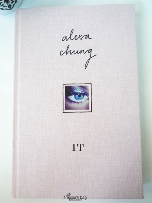 IT by Alexa Chung_Treasure Bag 01