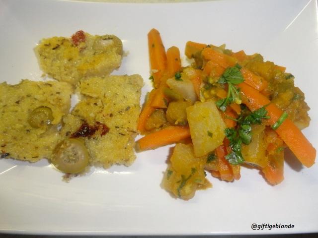 Gemüsepfanne mit mediterraner gebratener Polenta