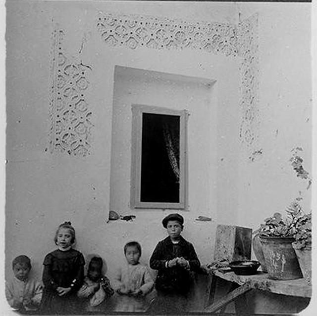 Patio de la Casa del Greco en 1905. Fotografía de Augusto T. Arcimis © Fototeca del IPCE, MECD. Signatura ARC-0729_P