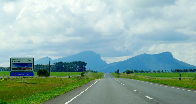 Welcome to the Grampians & Dunkeld - with Mount Sturgeon & Mount Abrupt in background