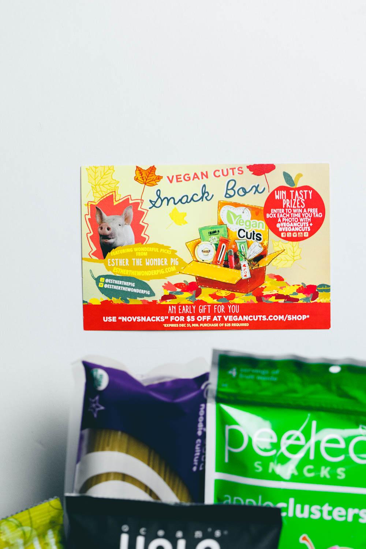 Vegan Cuts Snack Box November 2014