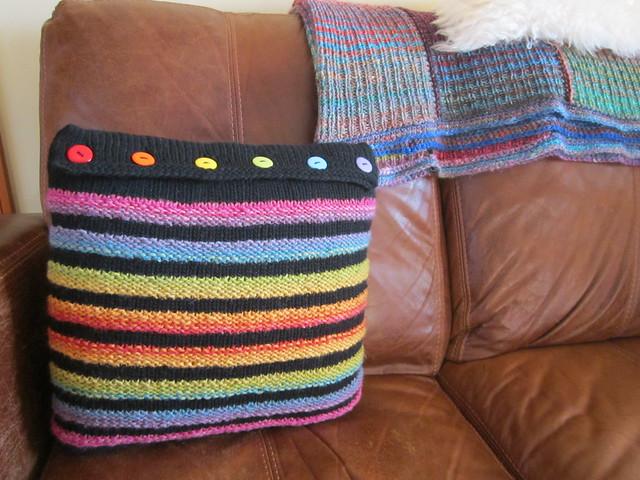 Wurmy rainbow cushion (9)