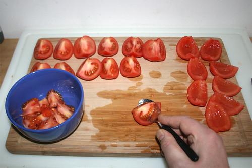 18 - Tomaten entkernen / Decore tomatoes