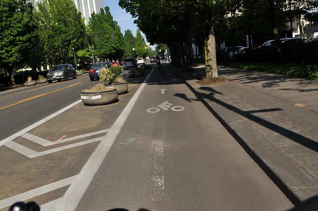 A glimpse into Portland's protected bike lane future-2.jpg