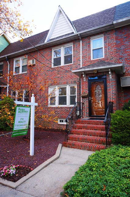 1 FAM MIDDLE VILLAGE  -Under Contract-