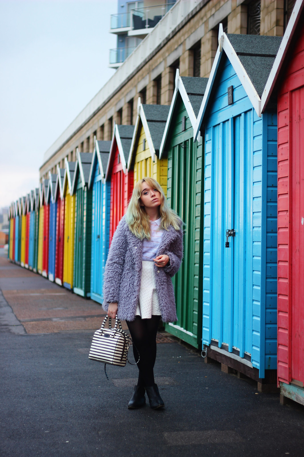 4ootd, pastel_outfit, girly, fluffy_coat, blogger_style, trend