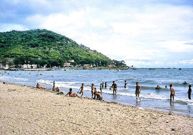 Bãi Trước - Front Beach Vung Tau 1967 - Photo by Bruce Tremellen