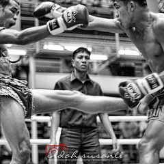 Too much violent? #muaythai #kickboxing #monochrome #blackandwhite #indahsphotography #thailand #blog #photography #sport #fight #action #travelphoto