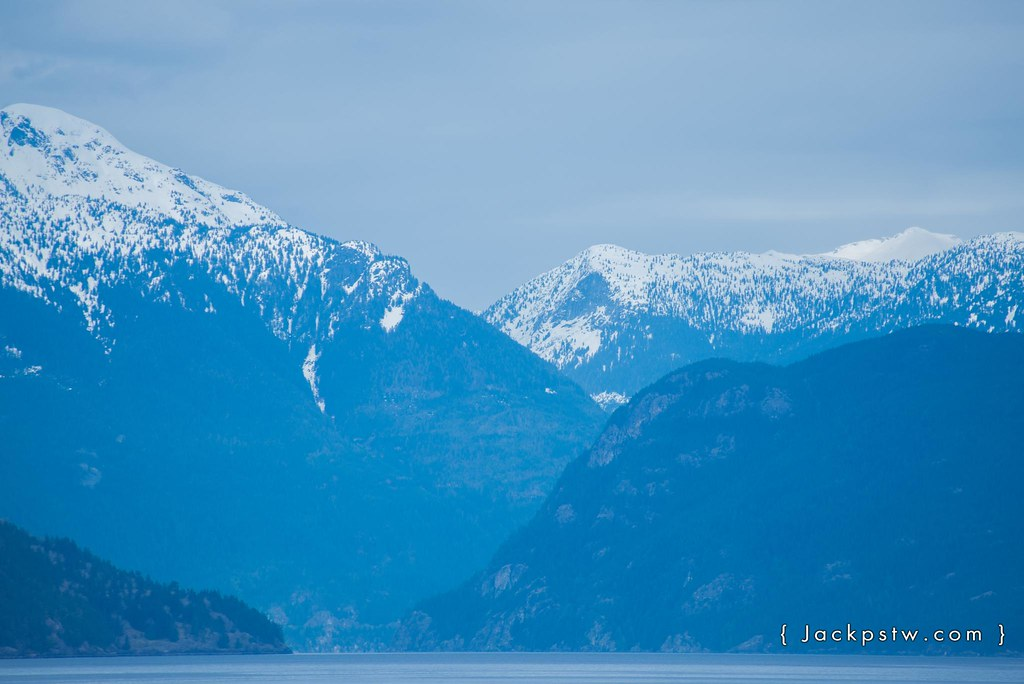 snow cap mountains vancouver