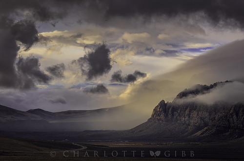clouds sunrise landscape nationalpark desert landscapephotography redrocksnationalpark