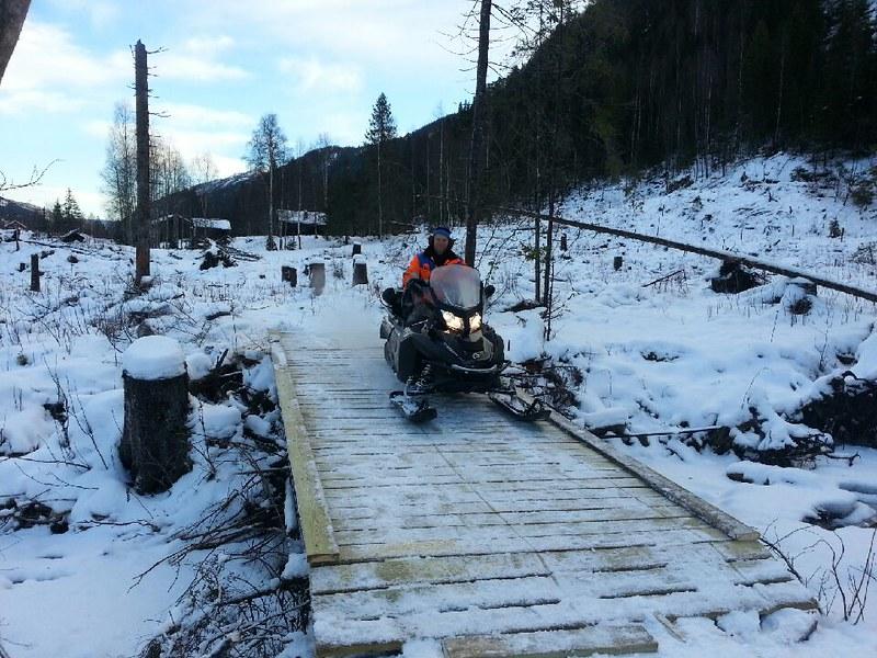 2014-12-25 Ny bro over Stuvøybekken