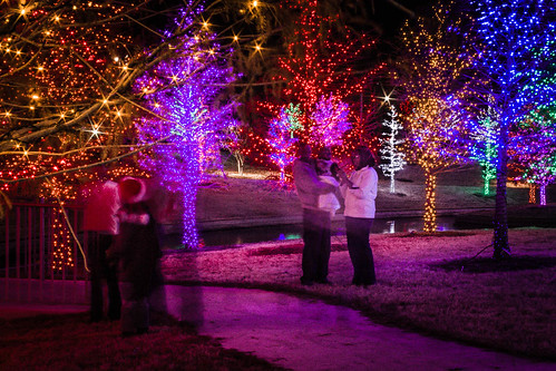 christmas longexposure trees people colors night lights dallas texas tx addison vitruvianpark