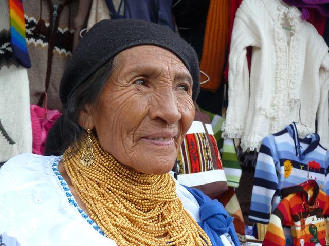 Anciana de Otavalo (Ecuador)
