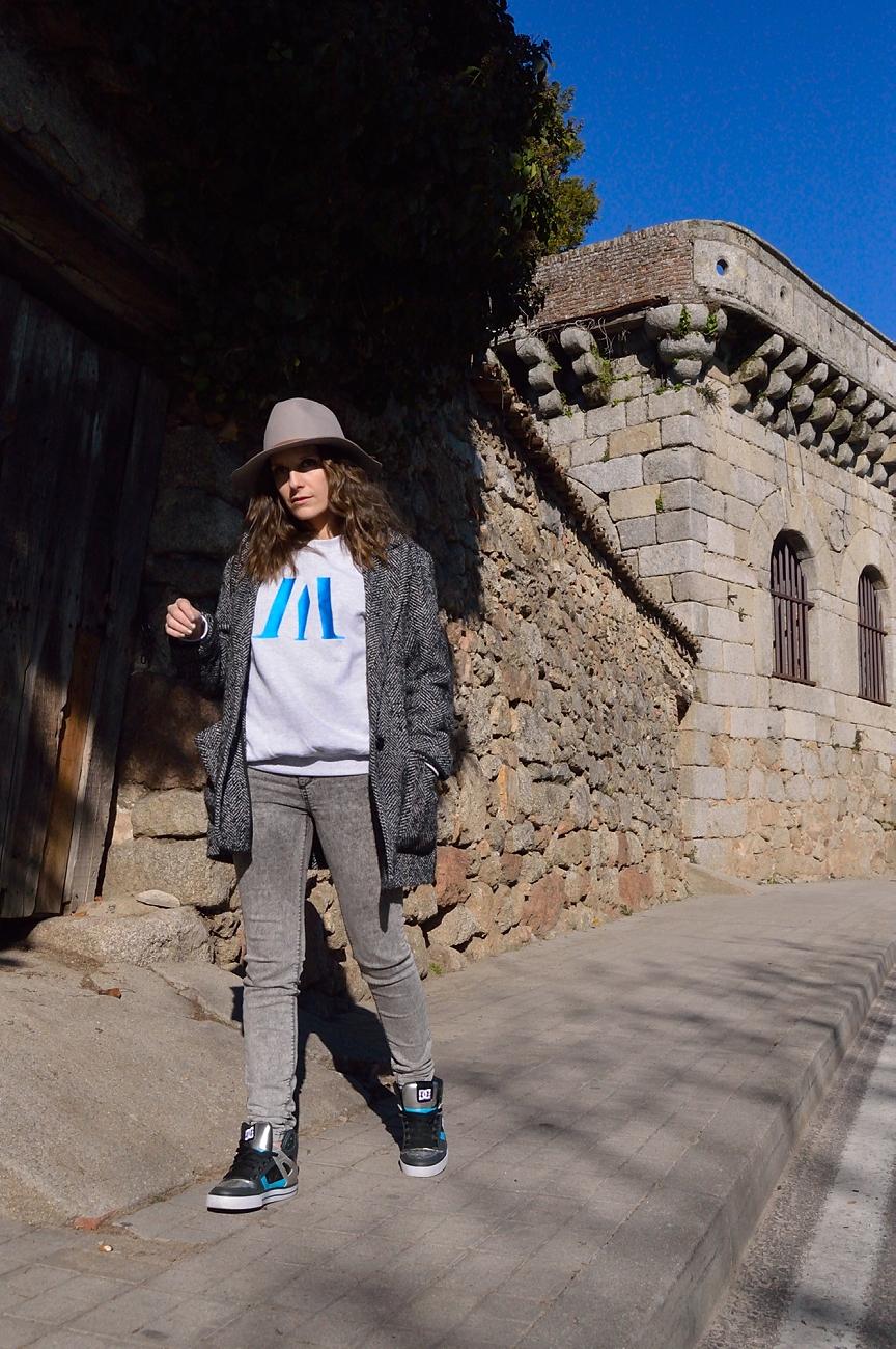 lara-vazquez-madlula-look-streetstwear-ootd