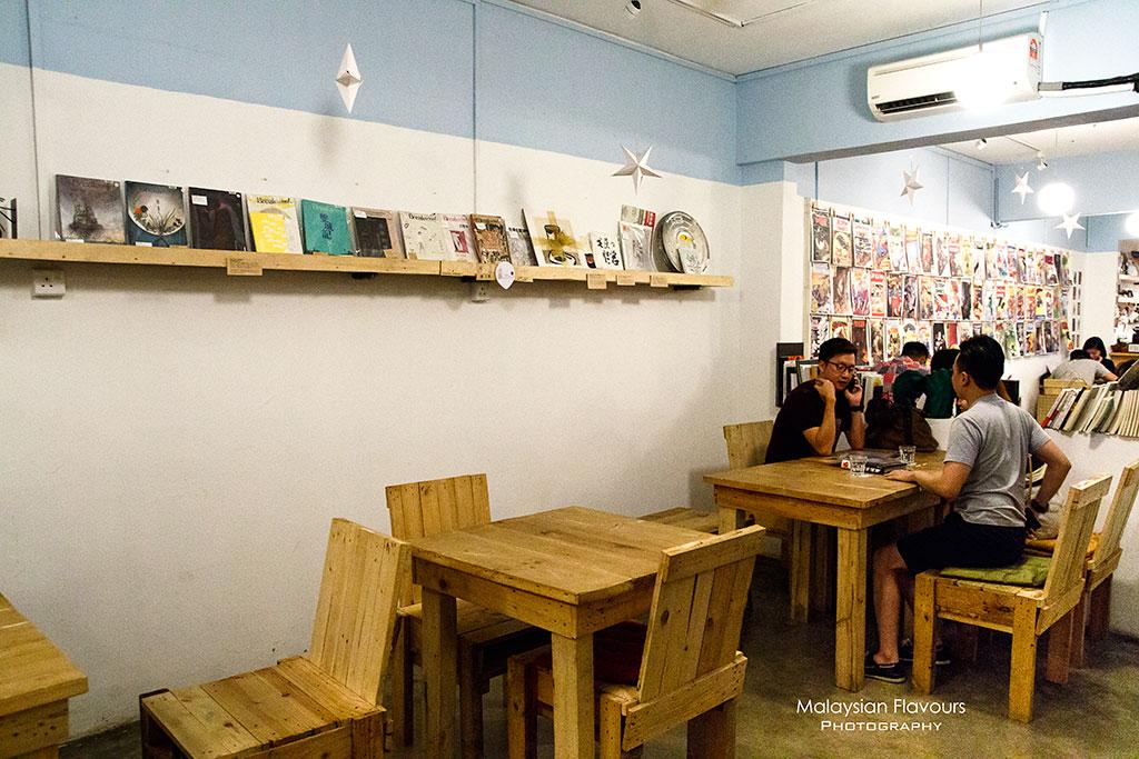 Midsummer Night Cafe 仲夏夜 OUG KL