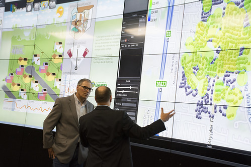 Governor Inslee visit to PNNL's Electricity Infrastructure Operations Center