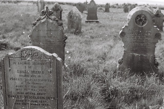 28 Thruscross Cemetery