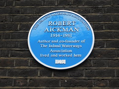 Photo of Robert Aickman blue plaque