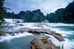 Agua Azul Waterfall in Chiapas, Mexico • • • • • #travel #mexico #waterfall #artofvisuals #athomeintheworld #awesome_earthpix #awesome_photographers #awesomeearth #awesomeglobe #TLPicks #bestplacestogo #discoverglobe #earthfocus #earthpix #exploretocreate