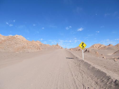 Le désert d'Atacama: el Valle de la Luna. Ca monte, ça monte...et ça tourne ;)