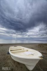 Barca en la Tormenta