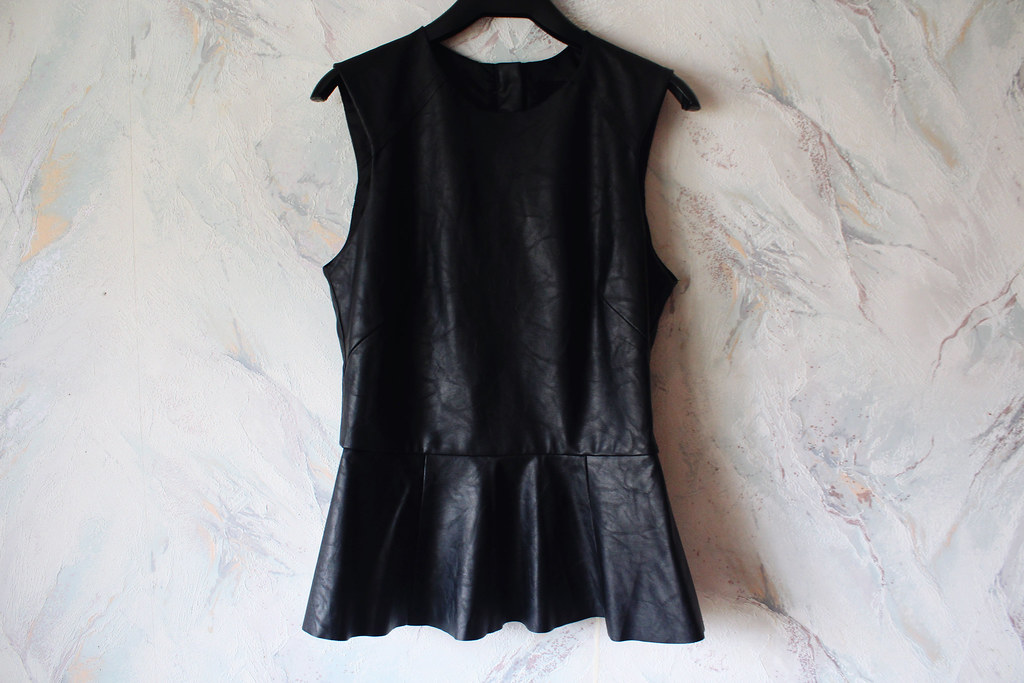 H&M-black-leather-peplum-top