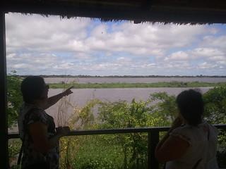 Pilar, riverside