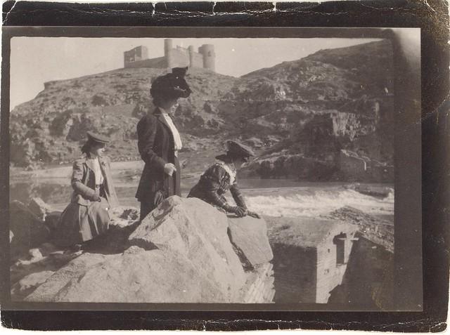 La familia de Joaquín Sorolla en Toledo en el otoño de 1906. Álbum familiar © Museo Sorolla, MECD