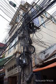 Hanoi - Wires