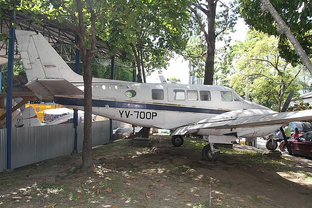 YV-700P