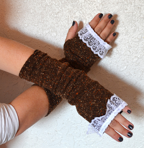 009-fingerless-gloves-from-socks-dreamalittlebigger
