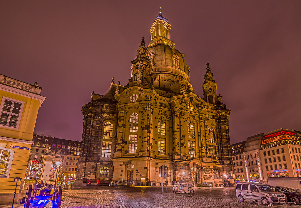 Frauenkirche HDR (https://flic.kr/p/q4TBdn, https://www.flickr.com/people/97206038@N03)