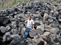 Columnar-jointed trachybasalt (Postpile Flow, Upper Pleistocene, 82 ka; Devils Postpile National Monument, eastern California, USA) 2