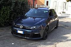 automobile(1.0), automotive exterior(1.0), family car(1.0), wheel(1.0), volkswagen(1.0), vehicle(1.0), volkswagen golf mk6(1.0), volkswagen golf variant(1.0), volkswagen gti(1.0), volkswagen golf mk5(1.0), city car(1.0), compact car(1.0), bumper(1.0), land vehicle(1.0), hatchback(1.0), volkswagen golf(1.0),