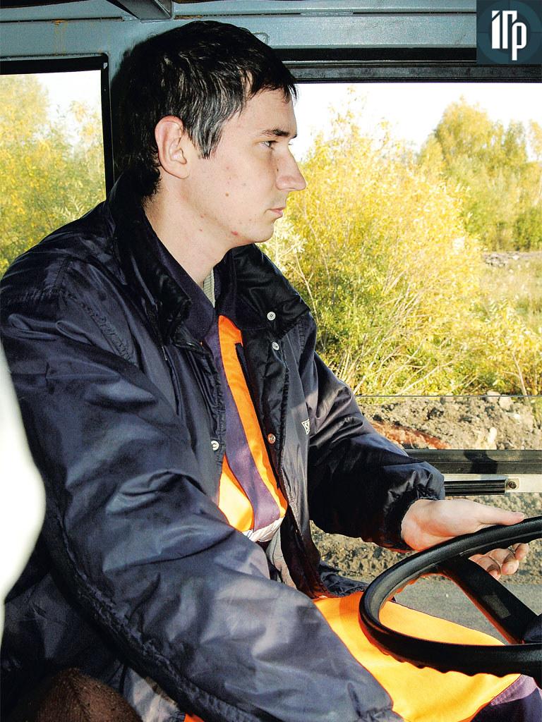 Александр Шабалин за рулем DM-13