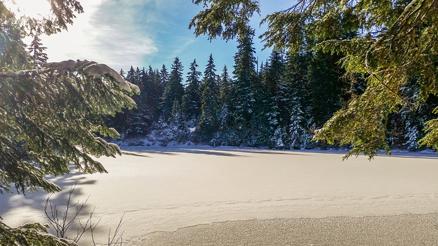 Lindsay Lake