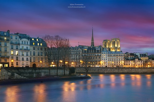 world city longexposure pink light sunset paris france art history monument seine digital photoshop canon french effects photography eos town photo europe long exposure flickr raw photographer view purple shot capital notredame full lee frame 5d manual capitale fullframe dslr ff dri hdr ville parisian francais città blending lightroom photographe effets 2014 lii mark3 2470mm ilesaintlouis markiii parisien 2470 photomatix canonef2470mmf28l fromentin fromus colocación cuida a7r traitements metabones fromus75 canon2470mmf28liiusm fromentinjulien