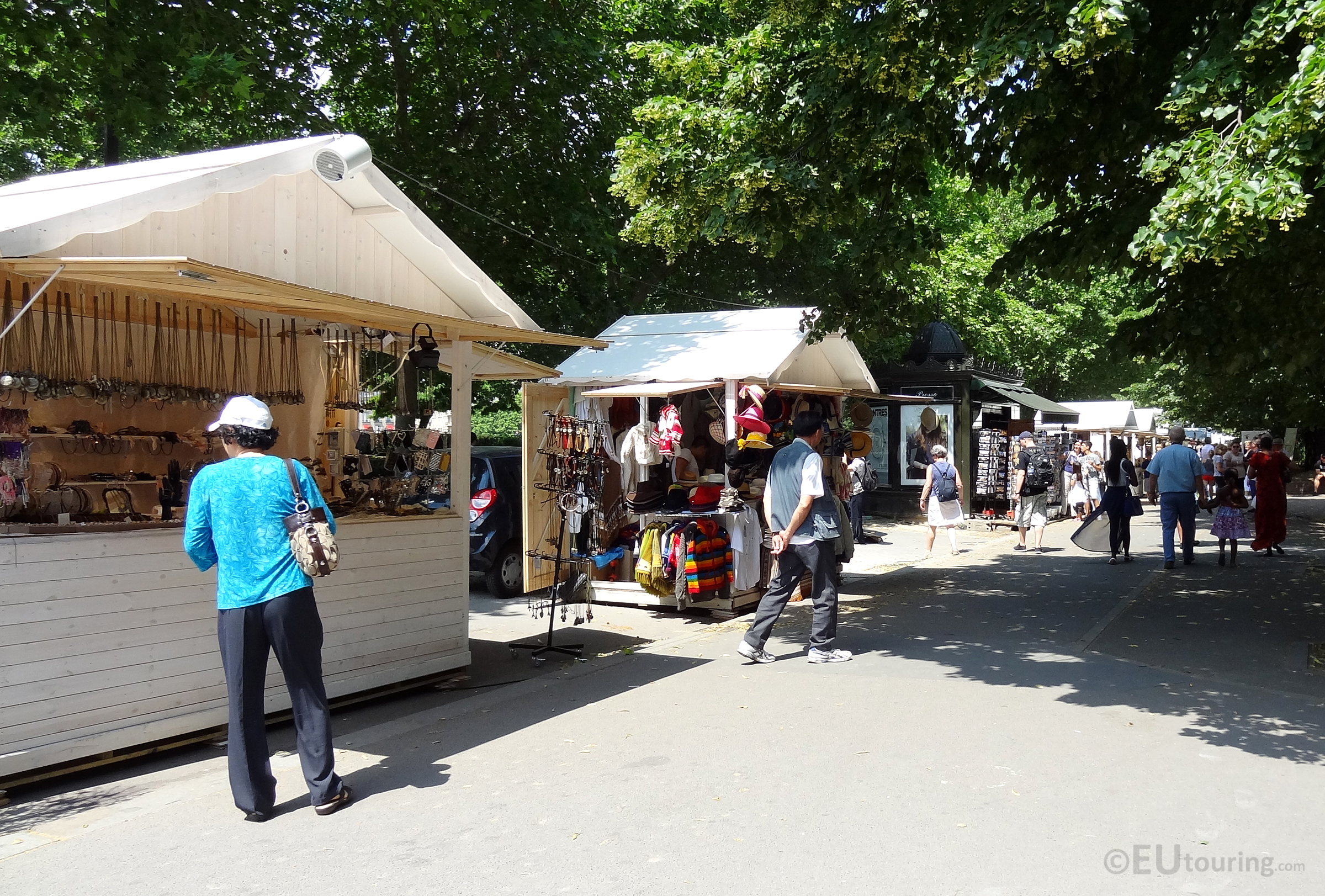 Varied markets along the path