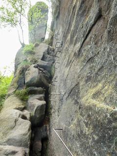 Luftige Passage der Zwillingsstiege zur oberen Rampe