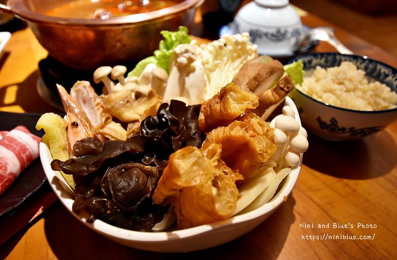 公益路餐廳老舅酸菜白肉鍋13