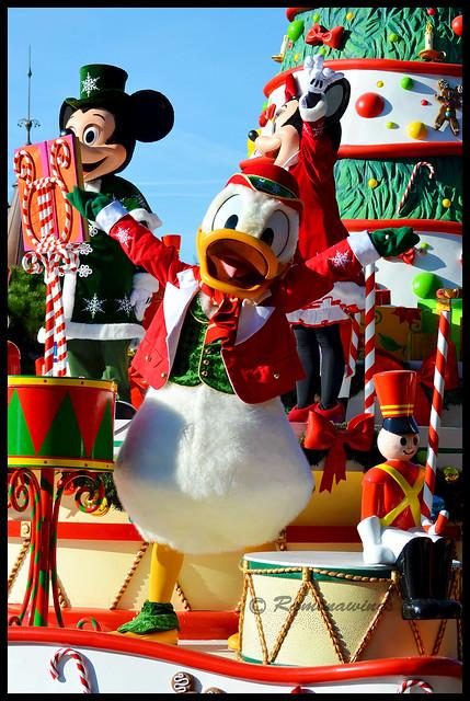 Vos photos avec les Personnages Disney - Page 3 15162477773_959957bb9b_z
