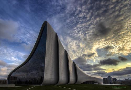 city sunset museum architecture clouds canon baku azerbaijan tokina müze heydar aliyev bakü azerbaycan t2i 1116mm